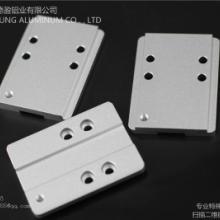 供应医疗器械 CNC机加工产品 型材 太阳能边框型材 光伏支架型材 全自动自动化设备铝合金图片