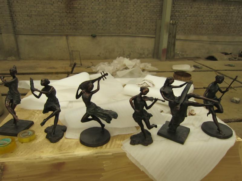 音乐人物雕塑报价图片