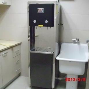 张家界旅游景区不锈钢冰热饮水机图片