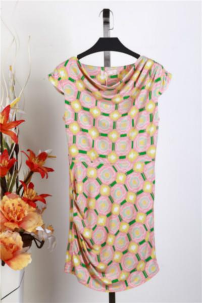 供应东方巴黎女士品牌服装批发广东品牌服装尾货市场