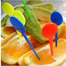 供应一次性塑料圆头水果针一次性塑料果叉水果签糕点小吃叉 佛山协锐塑料厂家批发批发