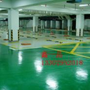 惠州车位划线限高杆高度设置停车图片