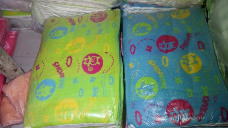 积压枕巾童被尾货毛巾童巾销售