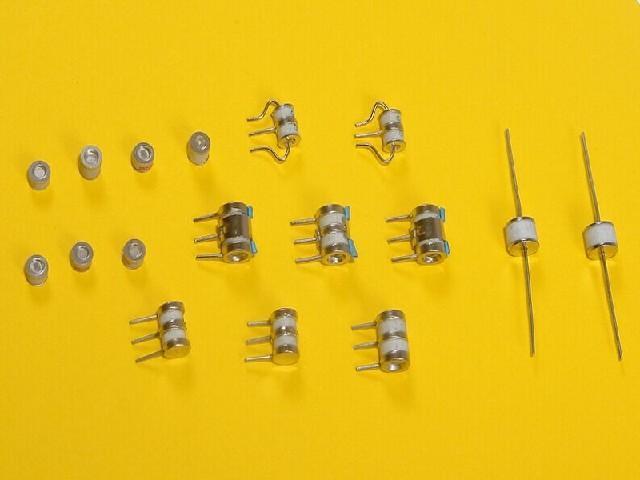 放电管的作用最知名的放电管在深放电管緟